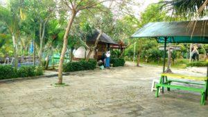Sangkan Resort Aqua Park Kuningan - Penampakan di Gazebo