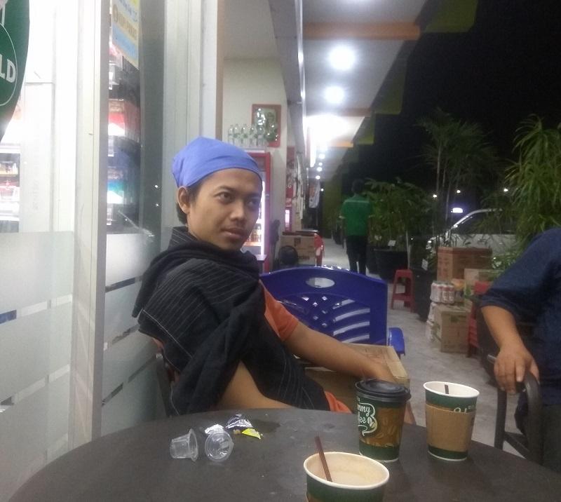 Istirahat di Rest Area Jalan Tol Trans Jawa