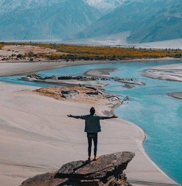 jalan-jalan wisata sendirian solo traveling